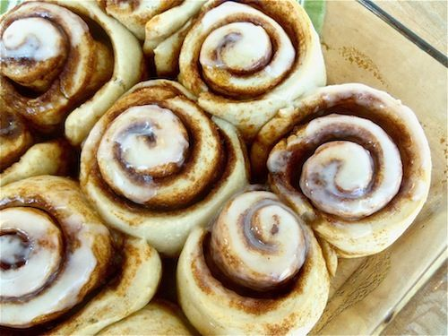 This is the EASIEST way to make homemade cinnamon rolls.