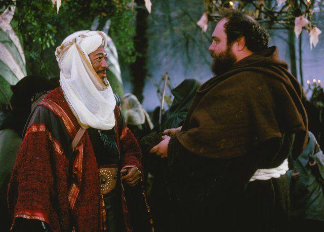 Still of Morgan Freeman and Michael McShane in Robin Hood - Hirsizlar prensi (1991)