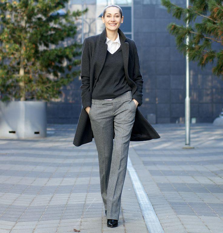 Zehn wichtige Tipps für weibliche Führungskräfte: Was macht die elegante Geschäftskleidung aus?