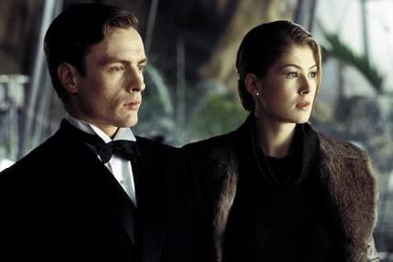 Toby Stephens and Rosamund Pike in a scene from the James Bond movie, Die Another Day.