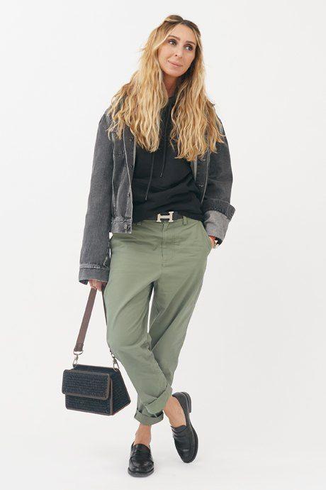 Джинсовая куртка Acne Studios, брюки COS,  лоферы Saint Laurent, ремень Hermès, толстовка Balenciaga, сумка 0711/ Нино Элиава