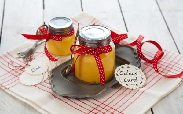 Oppskrift på Sitronkrem (lemon curd)