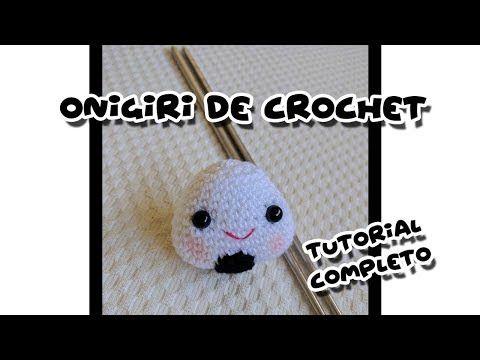 Onigiri o bola de arroz de crochet   CrochetyAmigurumis.com