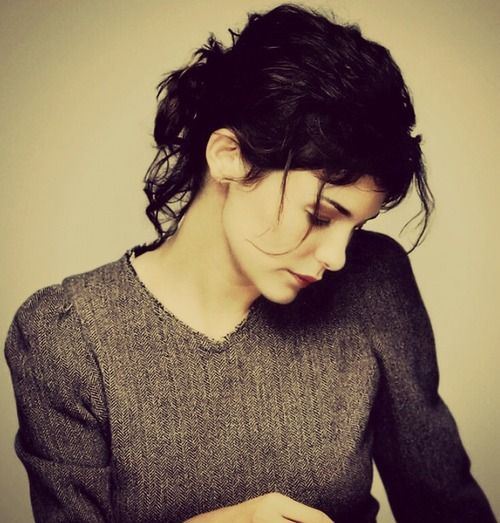 Great casual pinned up hair, Audrey Tatou