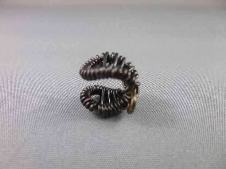 Bronze / copper ear cuff.