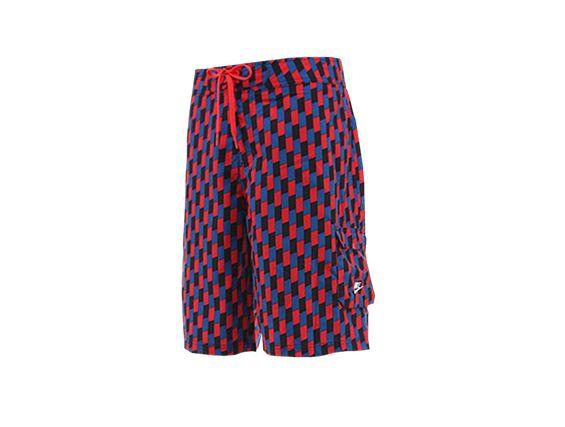 Spodenki - Szorty Nike  http://www.bestsport.com.pl/produkt,Spodenki---Szorty-Nike,387175670,2230  Marka:Nike Symbol:387175670 Płeć:Mężczyzna Dyscyplina:Na Co Dzień   Kolekcja: Nike   Kolor: Czerwony / Czarny / Granatowy   Materiał: Poliester 100 %  #sklep #odzież #spodenki #bestsport #nike #szorty