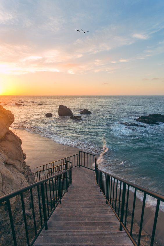 Die beliebtesten Reiseziele Ihr traeumt bereits wieder von Mehr Zeit am Meer? Ihr liebt den Strand, Sonne und das Meer? Ihr wollt den Stresspegel senken, auch ohne Sabbatical? Es gibt viele tolle Orte zur Erholung #urlaub #urlaubsziele #beach #meer #sea #travel #sonne #holiday