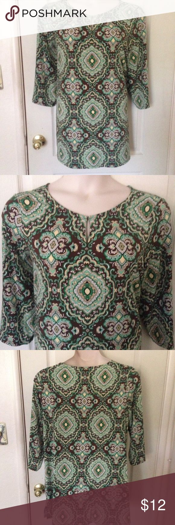 2X Green & Brown Paisley Tunic No tags. In great condition! Super cuter with brown leggings. Bust flat unstretched 24, length 31 Tops