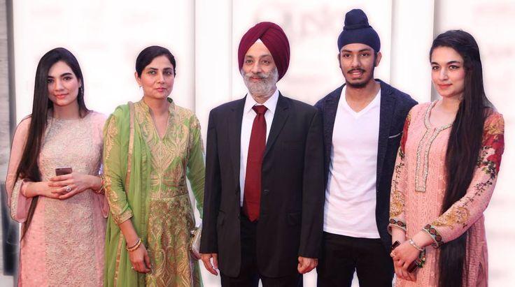 (from left) Simrat Kaur, Mrs.Ramanjit Kaur (wife of ) Mr.Gurvinder Singh (Managing Director of Homes Furnishings, Sahib Singh and Nimrat Kaur at Taj Santacruz #TajCollection #LaunchParty #HomesFurnishings #HomeDecor #HomeFabricCollection
