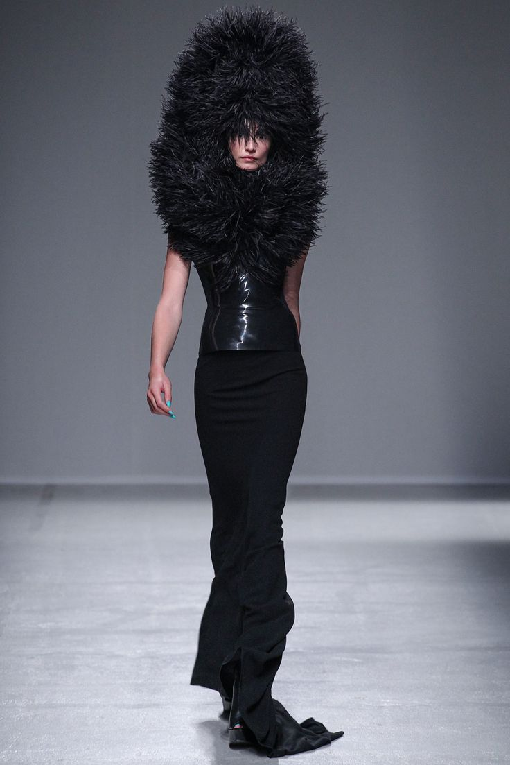 Gareth Pugh | Spring 2014 Ready-to-Wear Collection