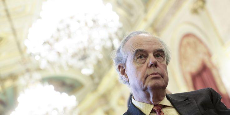 """France. Pronostic de Frédéric Mitterrand pour 2017 :  """" Le second tour opposera Alain Juppé à Martine Aubry """"."""