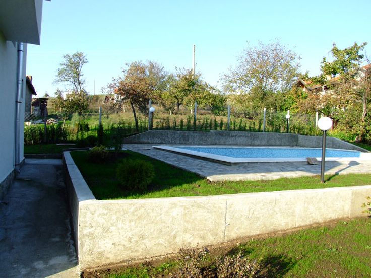Concrete swimming pool above ground pool pinterest for Concrete inground pools