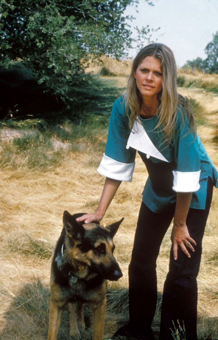 """Jaimie Sommers (Lindsey Wagner), """"The Bionic Woman"""" 1974-76"""""""