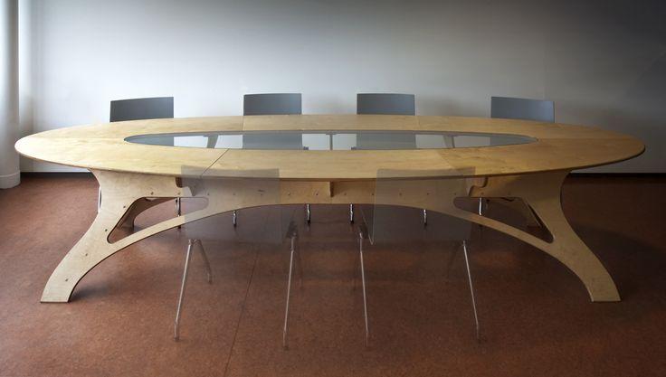Ovalen tafel Berken (blank of gekleurd)  met glas (of iets anders) 120x360 andere afmetingen op aanvraag.  ontwerp en productie StudioMarcus