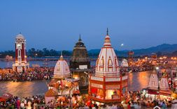 Haridwar Rishikesh Tour includes the famous tourist spots are asharms, temples, Har ki Paudi ghat, markets, himalayas view, Ganga aarti,Rafting, camping, wildlife tour and much more attraction.