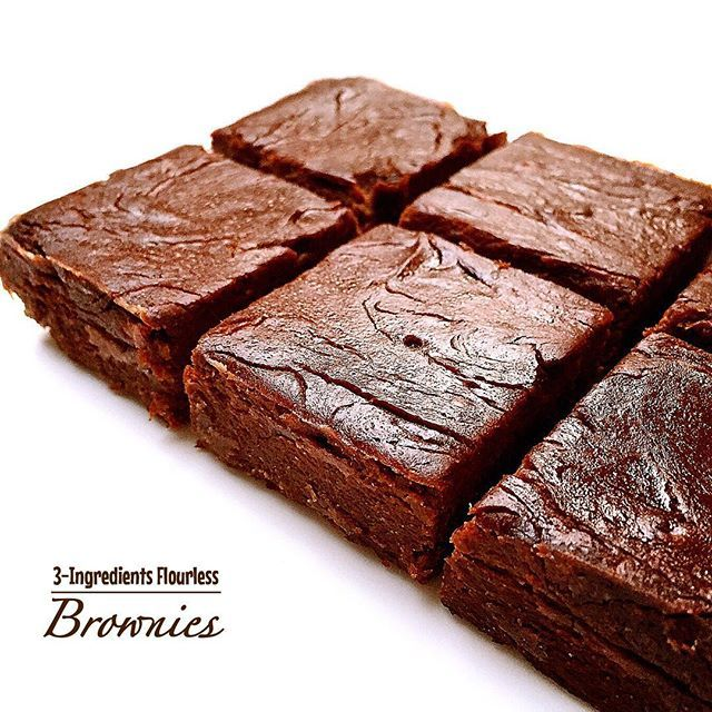 THREE Indgredients Flourless Brownies  Just three healthy ingredients are needed, made with  No Butter, Oil, Eggs on this quick and easy recipe which is ready in minutes ☝️ Rich and fudgy yet so healthy too!  Ingredients: • 3 medium, overripe bananas (approximately 1 cup or so) • 1/2 cup smooth almond butter (can sub for any smooth nut butter) • 2 T - 1/4 cup cocoa powder (more = richer taste)  Instructions: Bake 350 degrees 20 minutes.