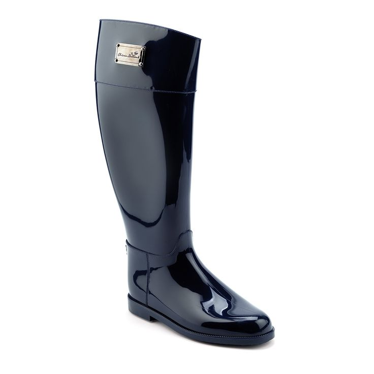 Waterproof riding boot in PVC with a metal plate