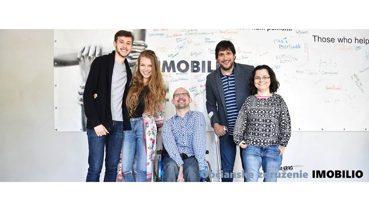 Rozhovor o tom, že Marek Machata hocˊ je mladý a postihnutý, už pätnásť rokov pomáha iným