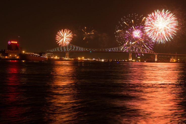 Illumination du pont Jacques-Cartier   Point de vue : Parc de la pointe du Havre