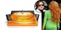 """Lady Gaga ha una sedia a rotelle tutta oro 24 carati e pelle nera  http://www.sfilate.it/186548/lady-gaga-ha-una-sedia-a-rotelle-tutta-oro-24-carati-e-pelle-nera  La notizia è stata riportata dal """"New York Post"""", sottolineando che la sedia a rotelle ha un particolare design grazie al quale è completamente reclinabile nel caso in cui Lady Gaga avesse bisogno di sdraiarsi. Ed è dotata anche di un tettuccio, sempre in pelle nera, che si può rimuovere."""