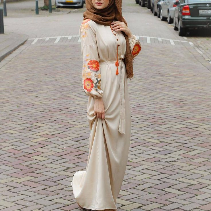 "1,996 Likes, 3 Comments - Hijab Fashion Inspiration (@hijab_fashioninspiration) on Instagram: ""@alaa.aloulabi"""