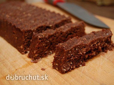 Fotorecept: Čokoládovo-datľové raw tyčinky