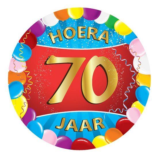 25 stuks vrolijk gekleurde bierviltjes met 70 jaar opdruk voor een 70ste verjaardag. Dubbelzijdig bedrukt.