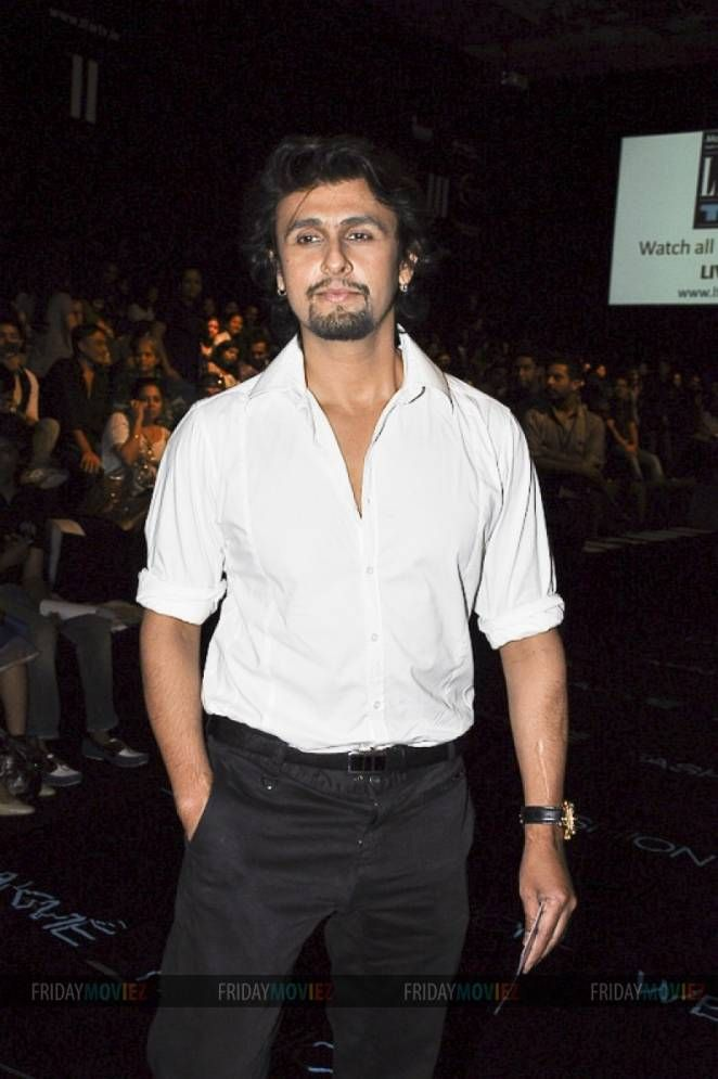 SONU NIGAM GETS THREAT CALLS FROM UNDERWORLD #sonunigam #fridaymoviez