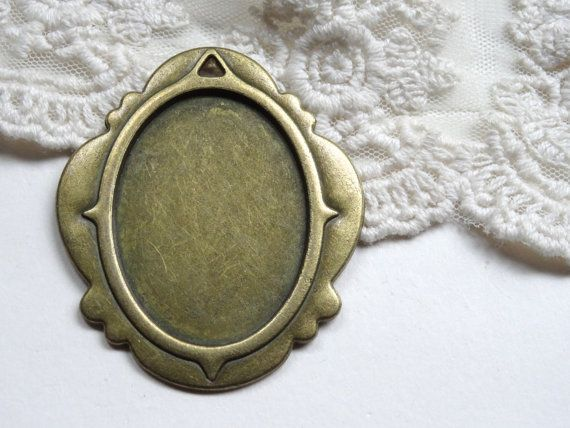 1 Oval Cabochon Setting Frame Pendant Bronze Metal Cameo by BuyDiy