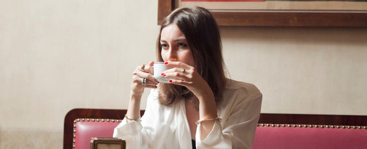 Designer Giorgia Tordinitakes us on a tour of Milan. See her favorite spots for eating, drinkingand shopping!
