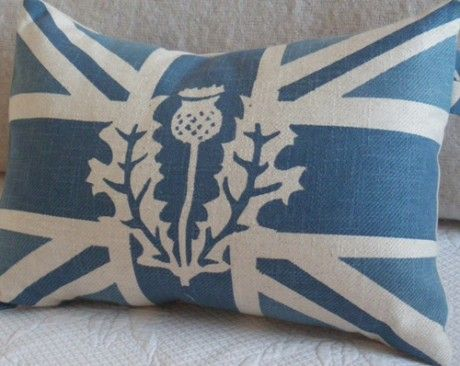 quasi-Scottish-English flag with thistle--LOVE it