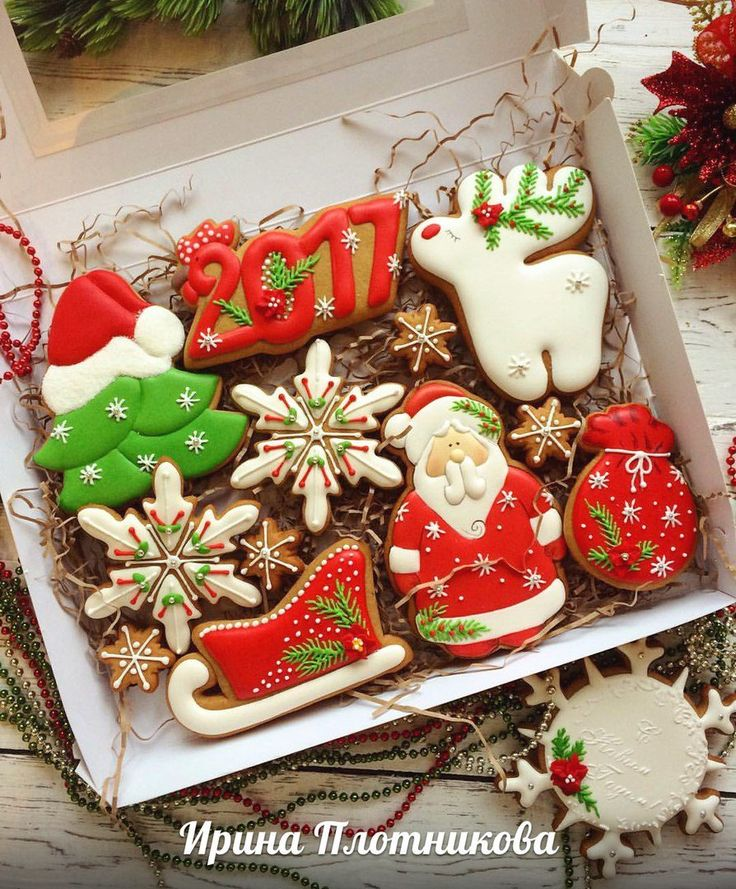 1000+ Ideas About Decorated Christmas Cookies On Pinterest
