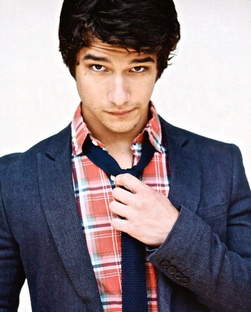 tyler posey- I'm not sure who you are, but I'd like too. I'd like to know you REAL well;)