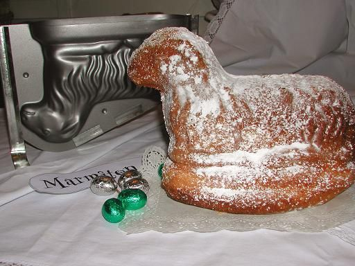 Agneau de Pâques typiquement alsacien  (Osterlammele )