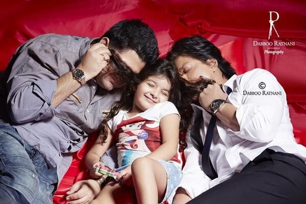 SRK with Dabboo and Myra