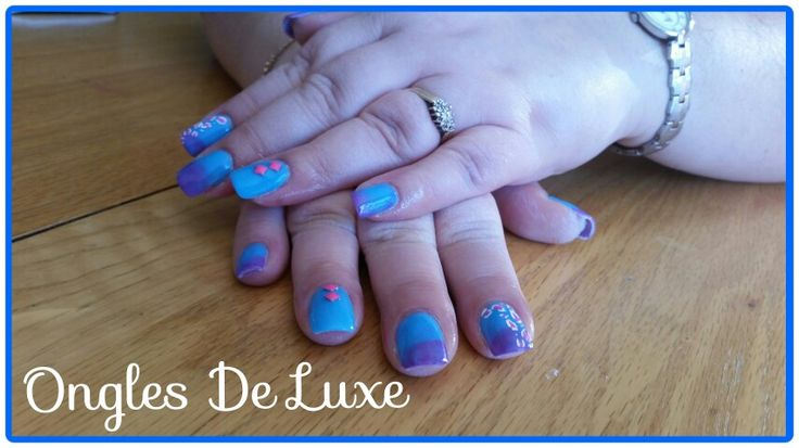 Flashy blue ombre nails