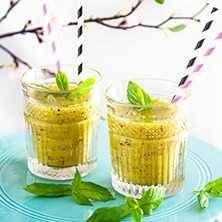 En riktig boost för hälsan - smoothie med kiwi och ingefära.