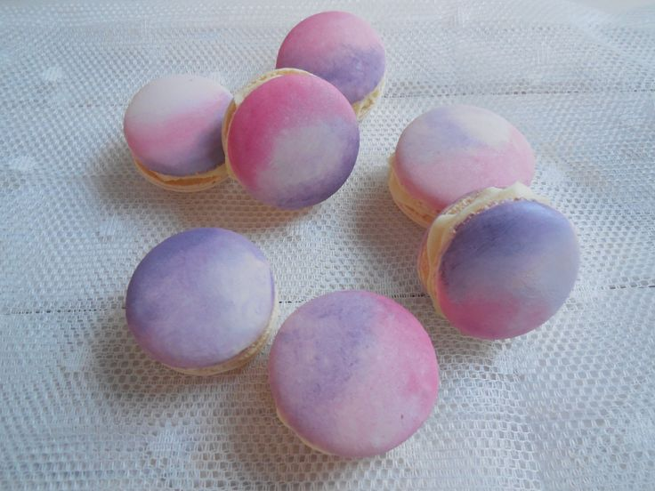 Watercolour Macarons Marbled Macarons