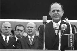 """Το Κουτσαβάκι: """"Το Χρονικό της Δικτατορίας 1967-1974"""" του Παντελή..."""