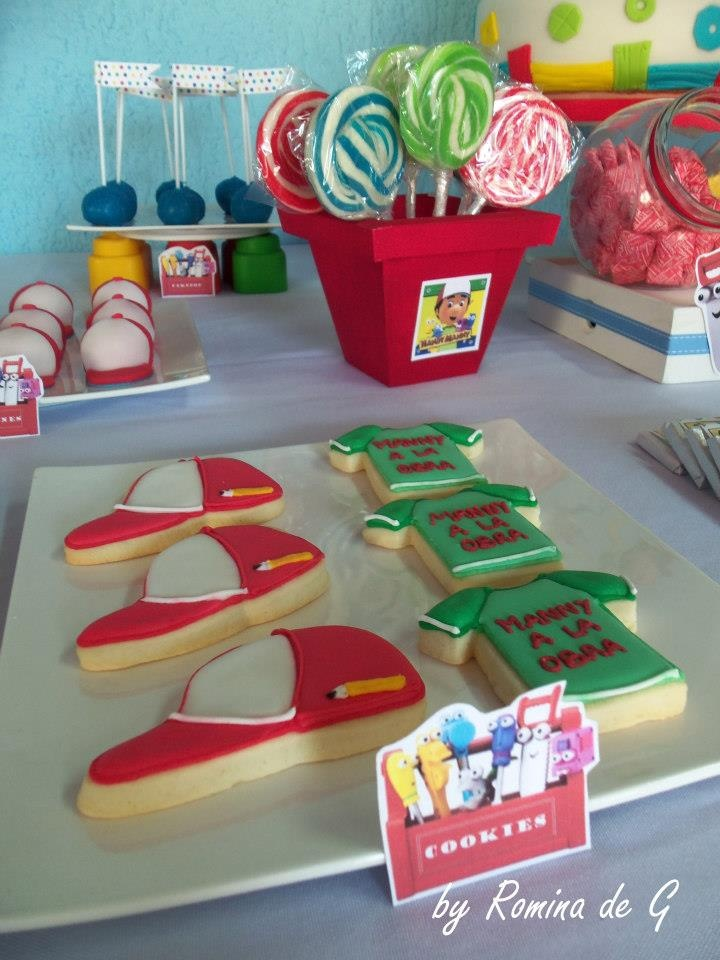 Handy manny cookies manny a la obra cumple de patricio for Handy manny decorations