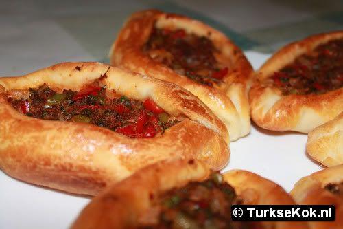 turks gehakt broodje. Site met veel turkse recepten