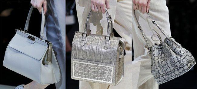 Uno stile sofisticato e grintoso caratterizza le borse della collezione primavera estate 2015ideata da Giorgio Armani che come sempre offre dei modelli dal look elegante e ricercato, che si desume...