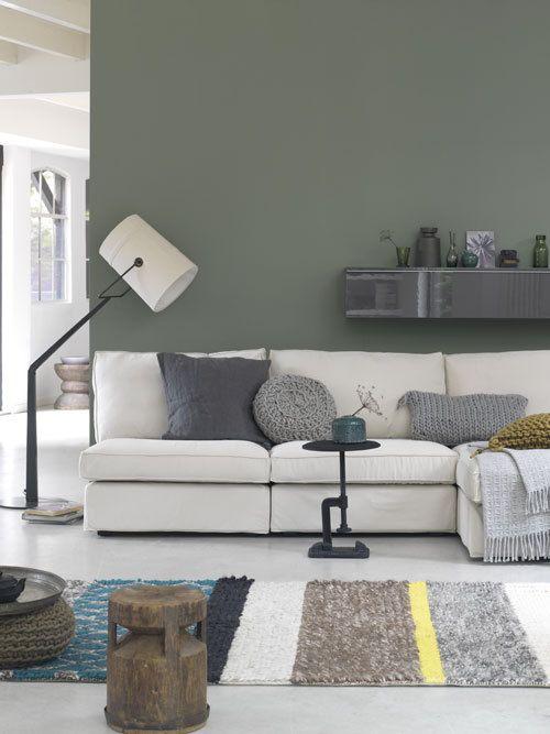 Shades of green #vtwonen #magazine #interior #livingroom #white #green