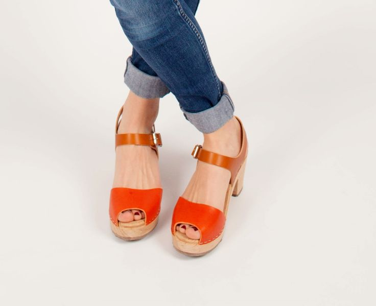 Highwood Open toe clog in orange and tan leathers #lottafromstockholm #clogs