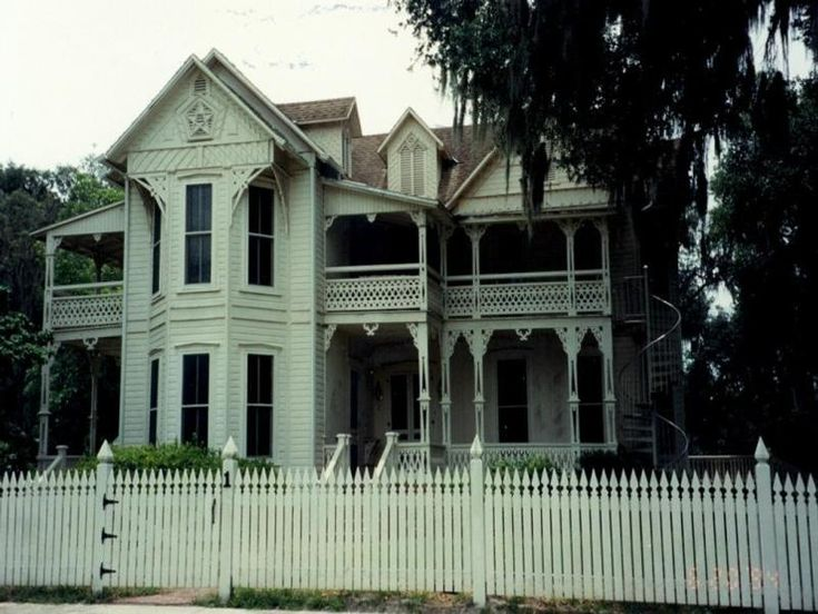 122 best images about victorians are splendid on for Victorian homes for sale in florida