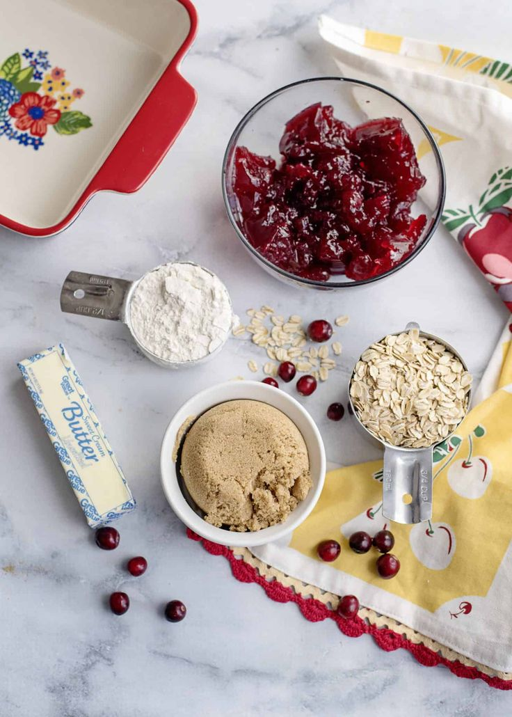 Cranberry Crunch and Ghosts of Thanksgiving Past