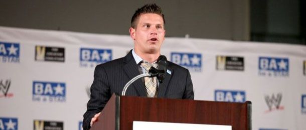 It was reported a few weeks ago that Josh Mathews would be replacing Mike Tenay on commentary for Impact Wrestling when TNA does their next reboot for the Destination America premiere in January. It looks like Mathews confirmed those reports…