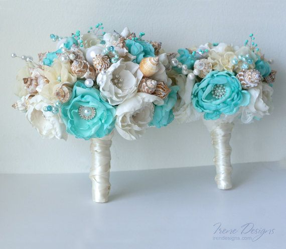 This sophisticated seashell wedding bouquet is a creative alternative to a flower wedding bouquet. Such bouquet will never wither. This is ideal accessory for your beach or destination wedding. The Bouquet is 100% handmade from top quality materials. The high amount of attention was paid
