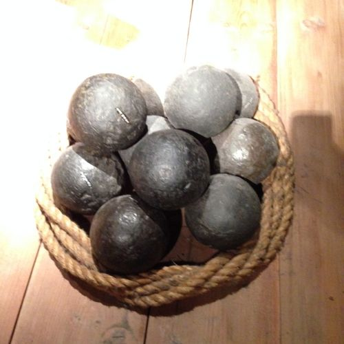 WA Shipwreck Galleries museum - Cannon Balls!