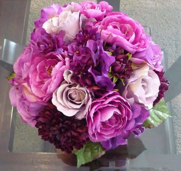 Best ranunculus bouquet images on pinterest flower
